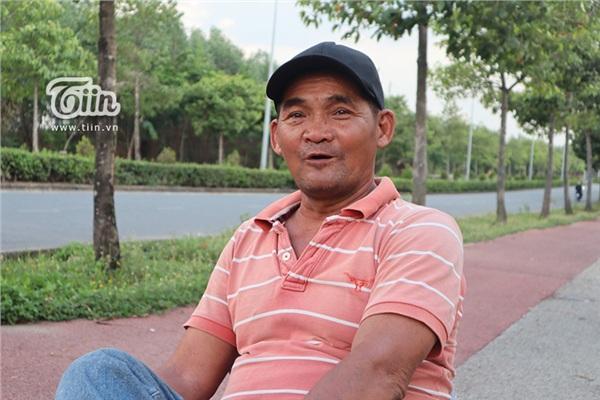 Chú Minh cô đơn - con người thầm lặng vì sinh viên tại Làng Đại Học