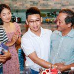 Sinh viên ĐH Quốc gia TP.HCM làm 'lễ tốt nghiệp' hạng xuất sắc cho bác bảo vệ